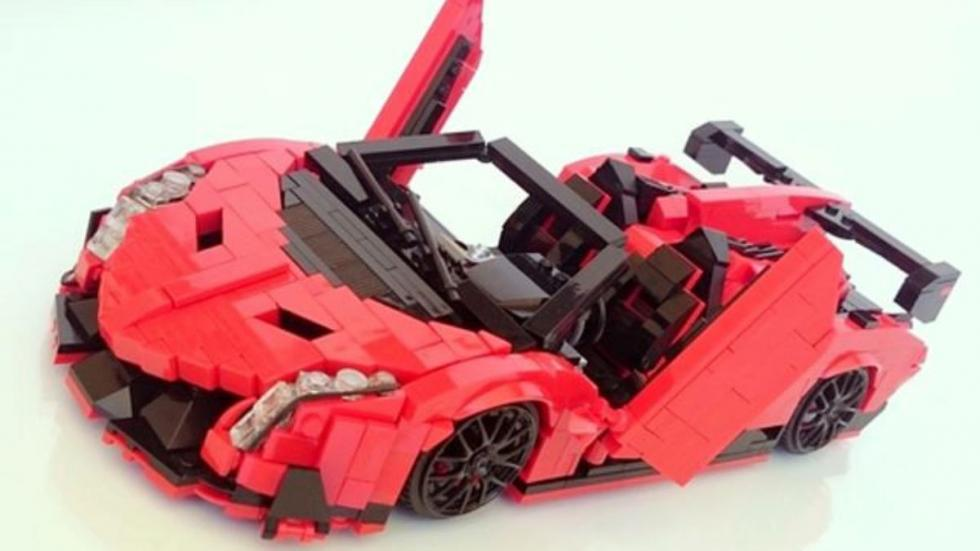 Lamborghini Veneno LEGO
