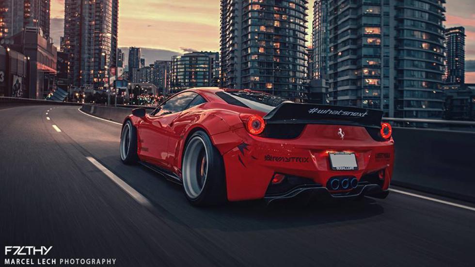 Ferrari 458 Liberty Walk trasera