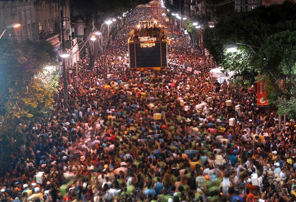 Bloco da Camisinha, Carnaval de Salvador, Bahia.