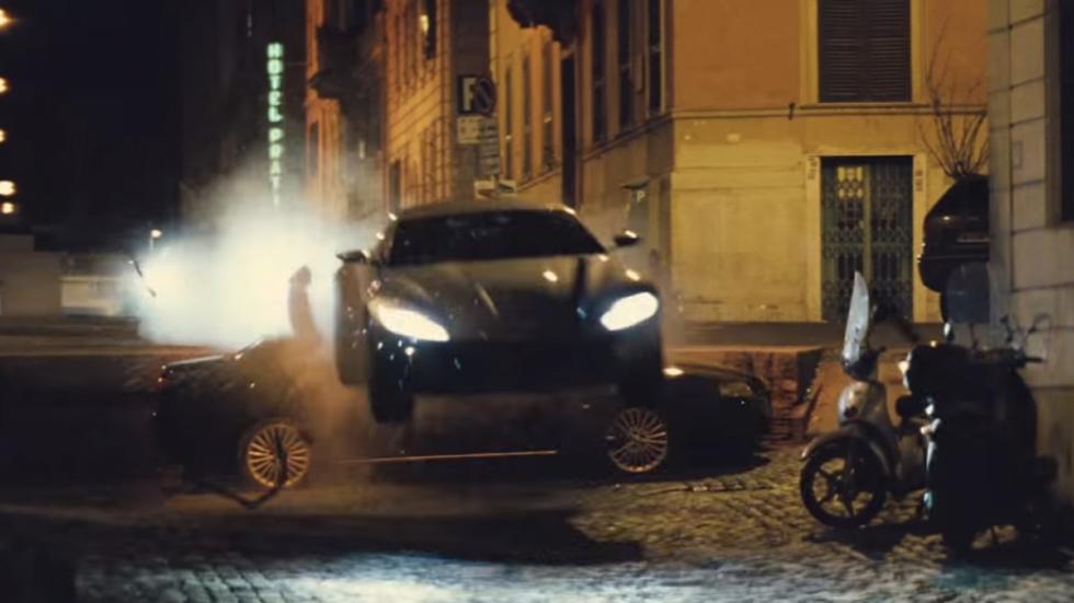 Aston Martin DB10 Spectre 3