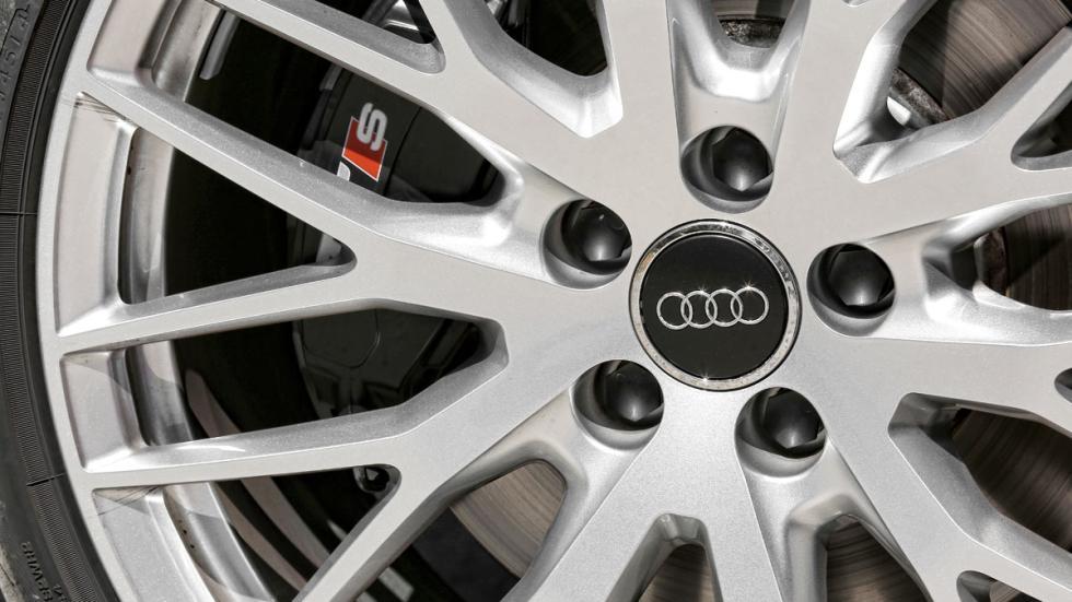 Audi TTS 2015 rueda