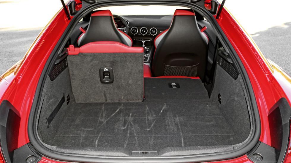 Audi TTS 2015 maletero