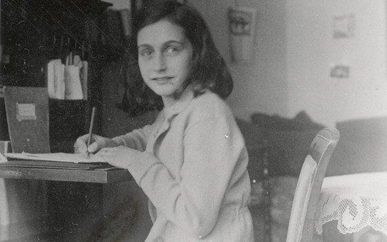 Foto de Ana Frank, en el Museo que lleva su nombre.