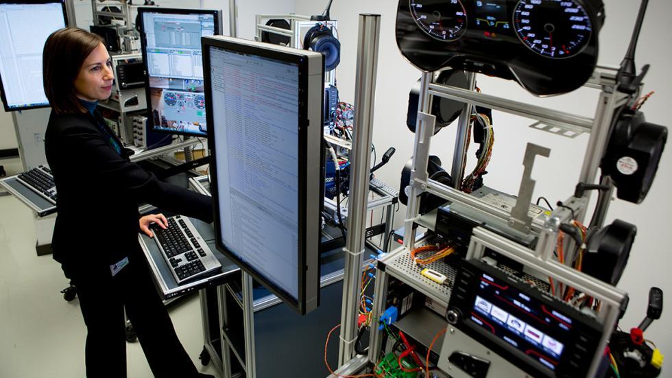Servicios de infotainment en Centro Técnico de Seat