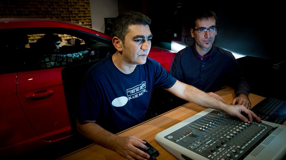 Equipo de Car Audio en Centro Técnico de Seat