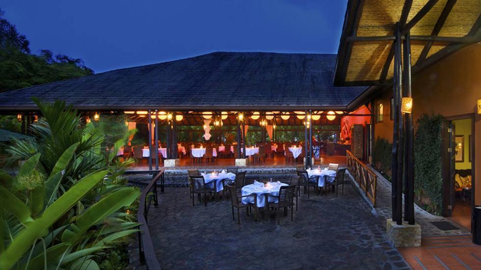 mejores hoteles del mundo Nayara Hotel, Spa & Gardens restaurante