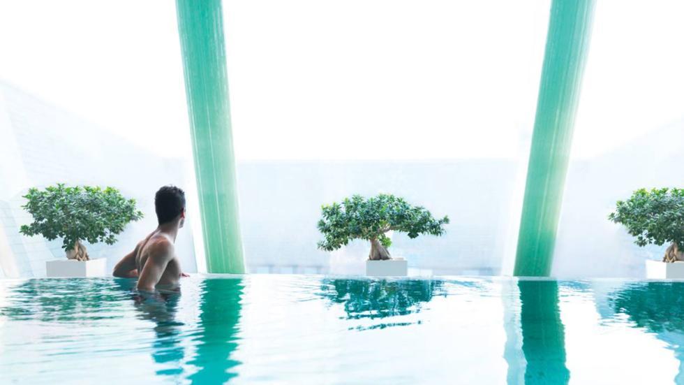 mejores hoteles del mundo Four Seasons Hotel Gresham Palace Budapest piscina