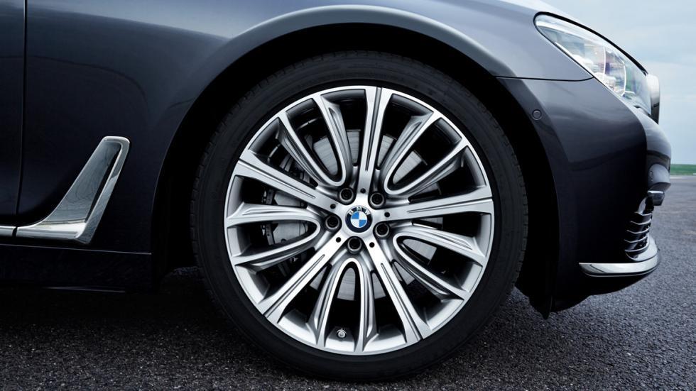 BMW Serie 7 2015 rueda