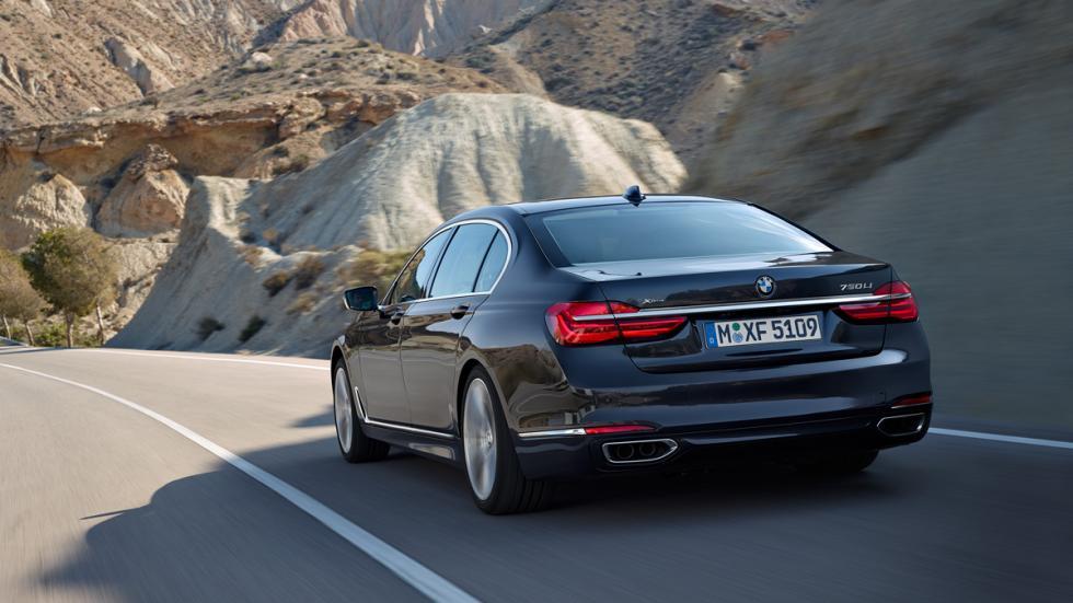 BMW Serie 7 2015 dinamica