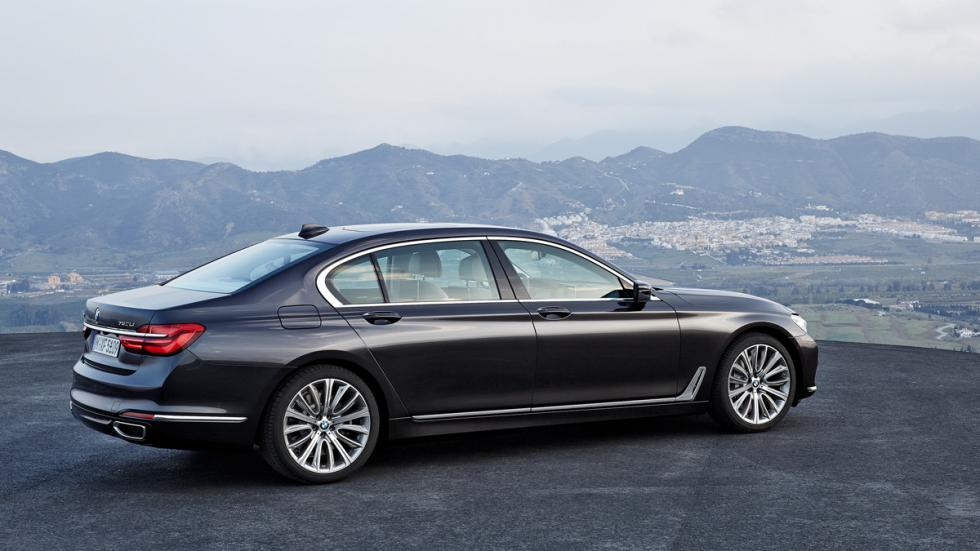 BMW Serie 7 2015 lateral