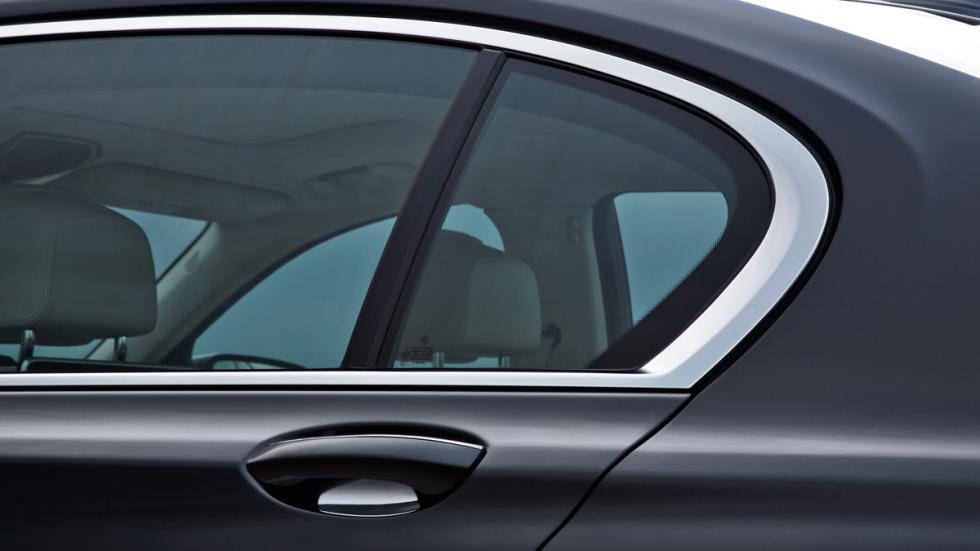BMW Serie 7 2015 maneta