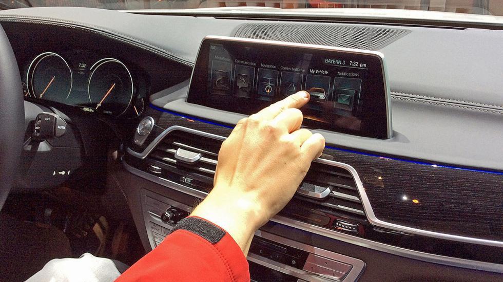 ¡Nos subimos al BMW Serie 7 2015!