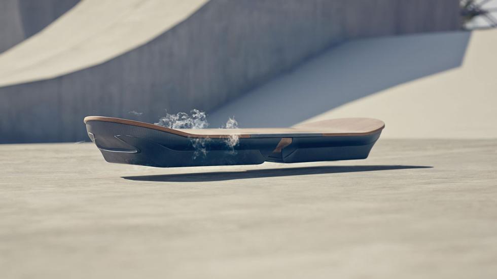 Nuevo monopatín volador de Lexus