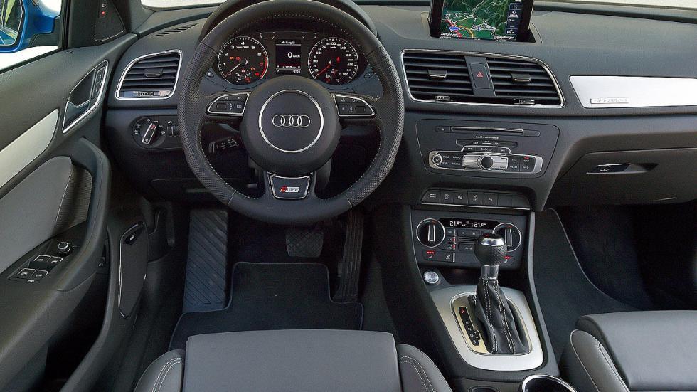 Audi Q3 puesto de conducción