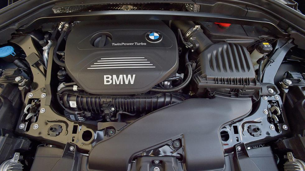BMW X1 detalle motor