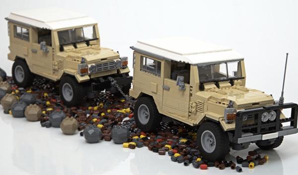 Detalle Land Cruiser con piezas Lego