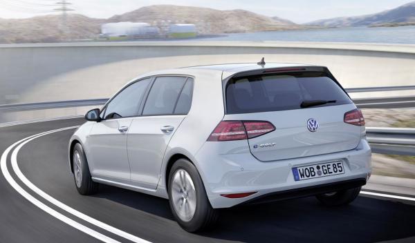 Volkswagen e-Golf delantera