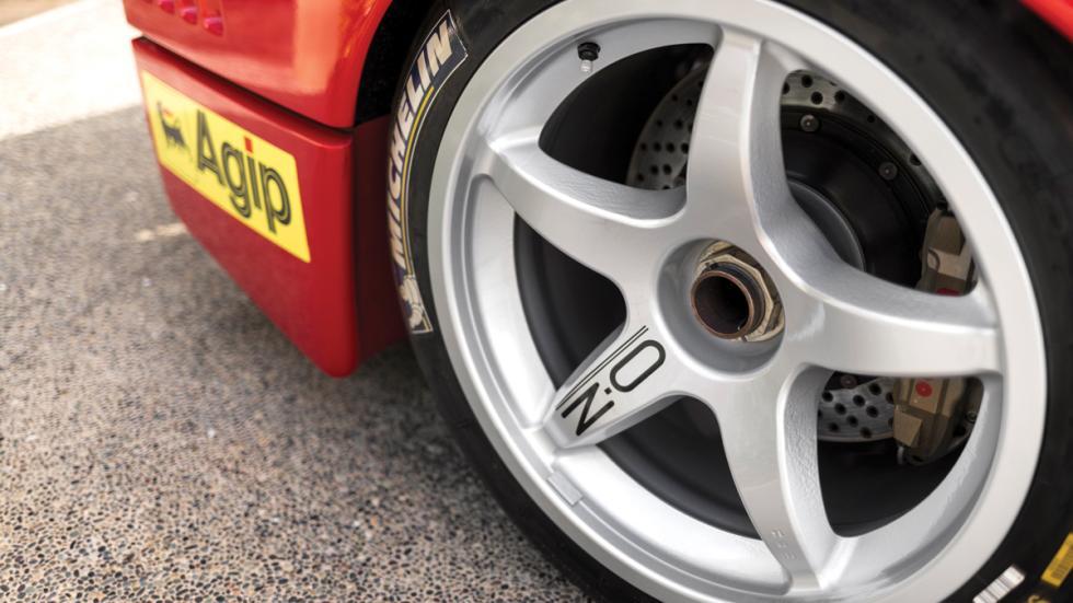 Ferrari F40 LM llanta
