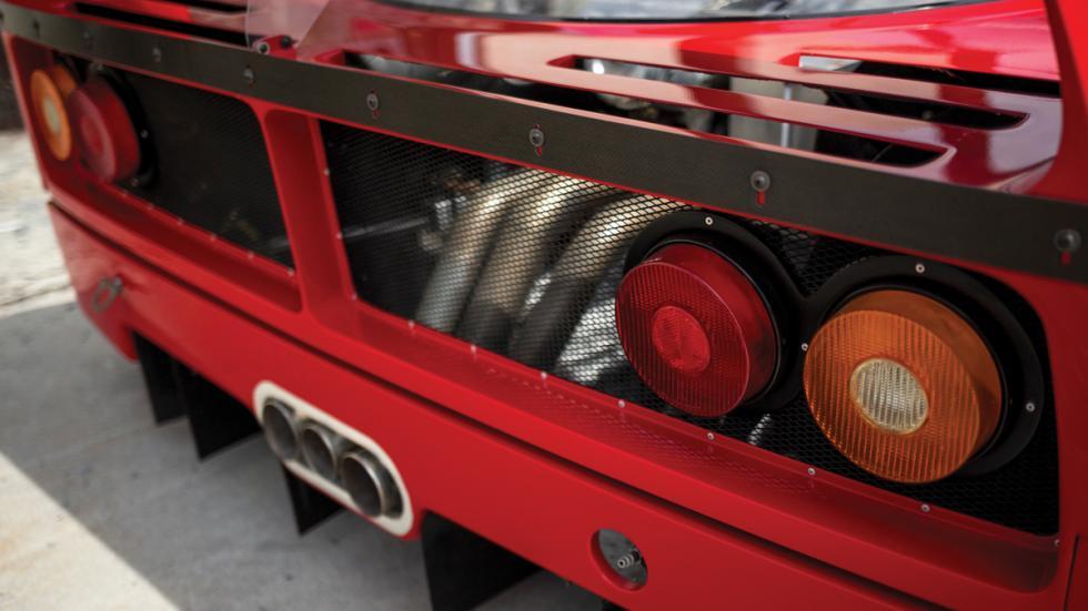 Ferrari F40 LM trasera