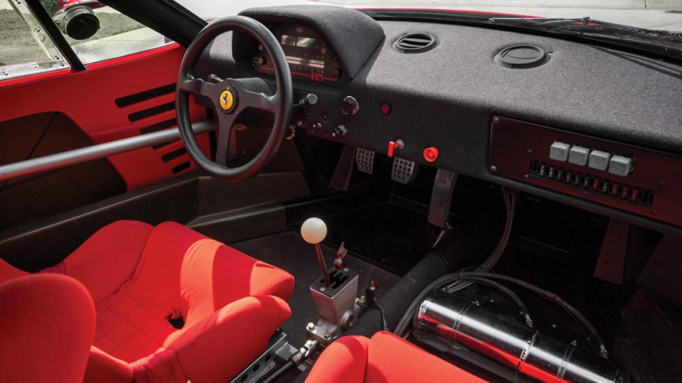 Ferrari F40 LM interior