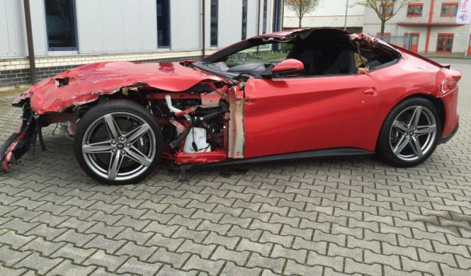 Ferrari F12berlinetta accidente