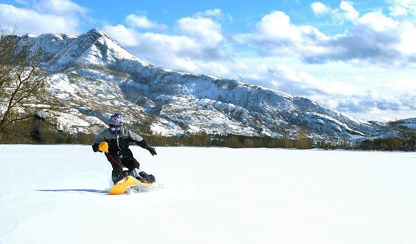 Mattracks Powerboard, moto de nieve