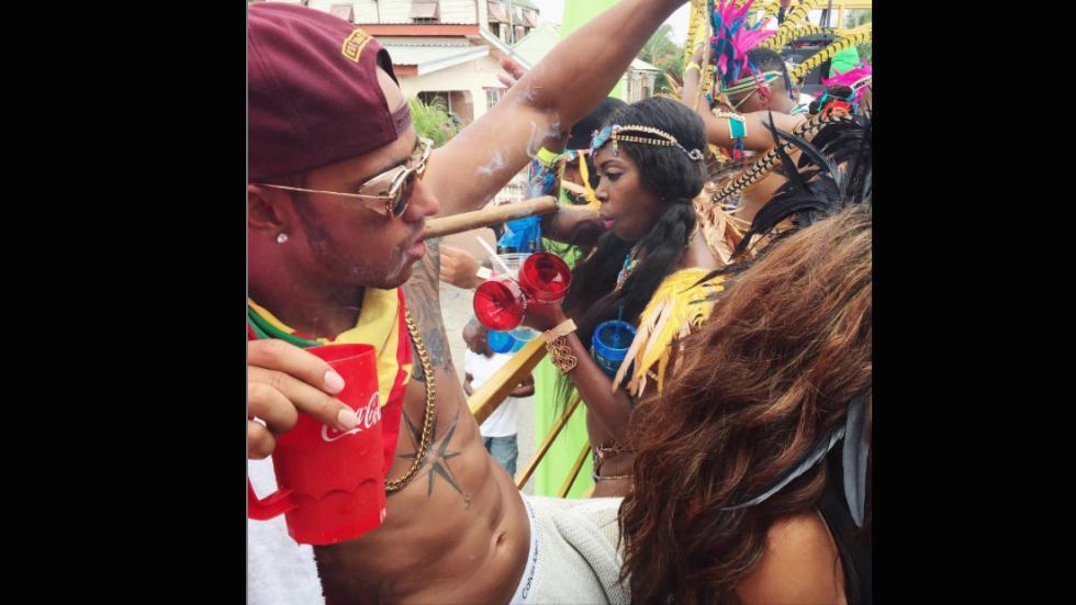 Lewis Hamilton vacaciones Barbados puro copa