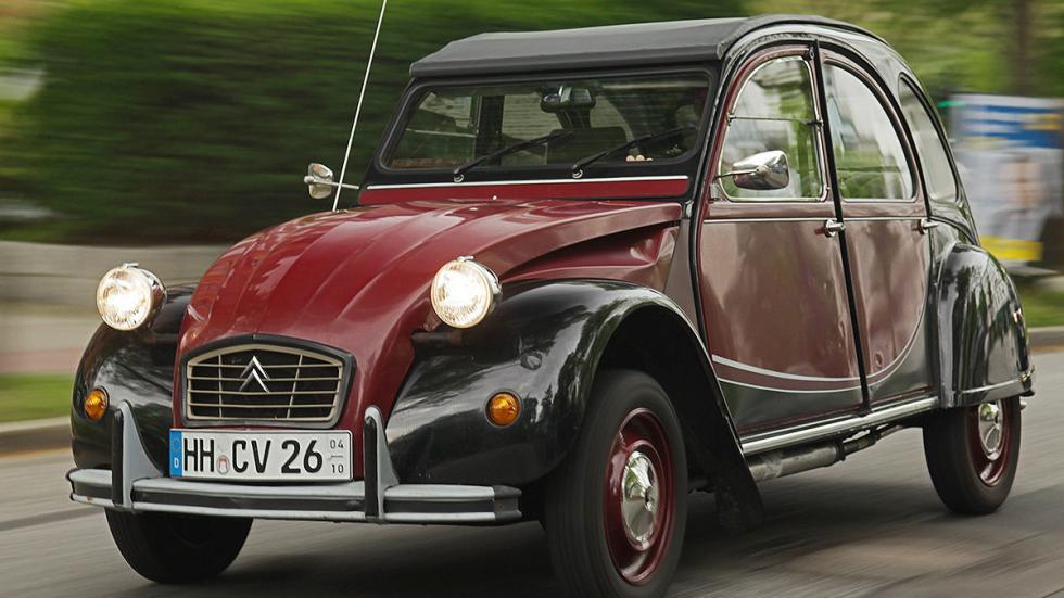 El 2CV se fabricó entre 1948 y 1990.