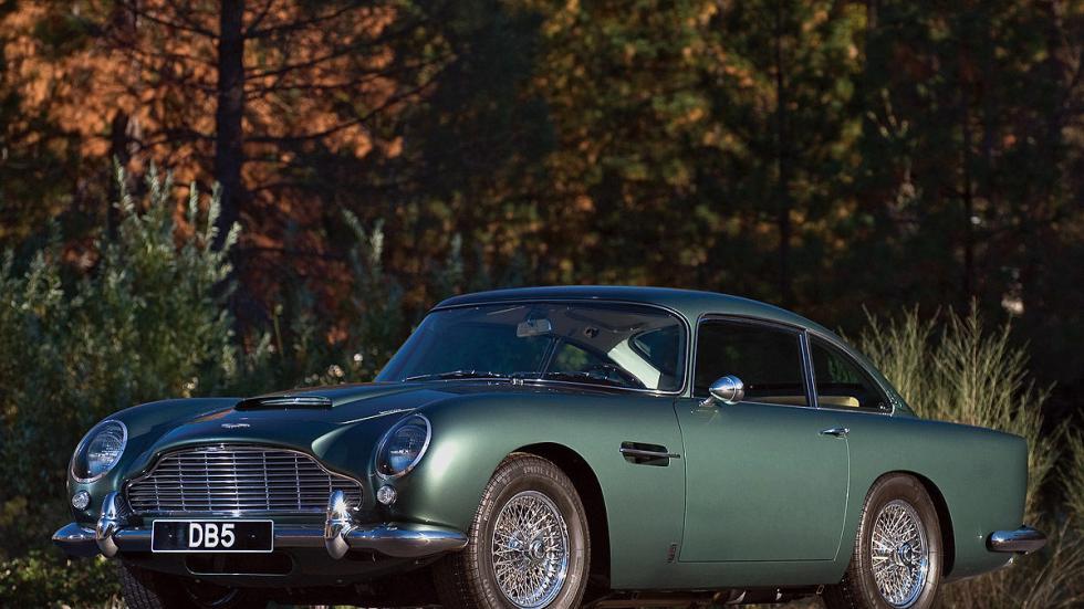 El mítico Aston Martin DB5 se fabricó entre 1963 y 1965.