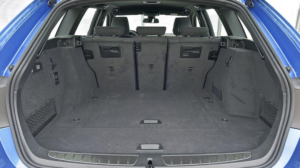 BMW Serie 3 Touring interior maletero