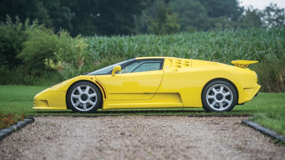 Bugatti EB110 SS lateral
