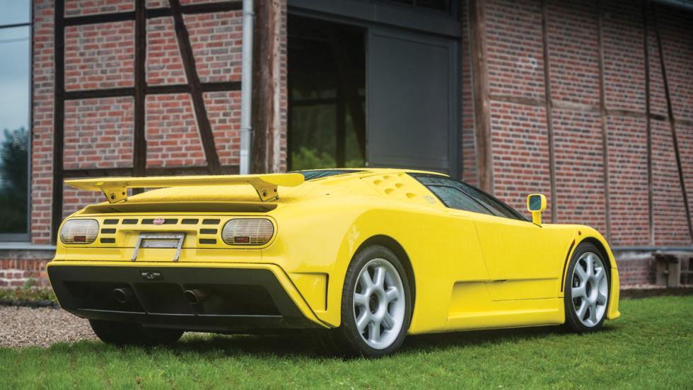 Bugatti EB110 SS trasera