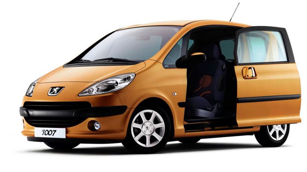 Los 10 coches con puertas m s extra as for Coches con puertas correderas