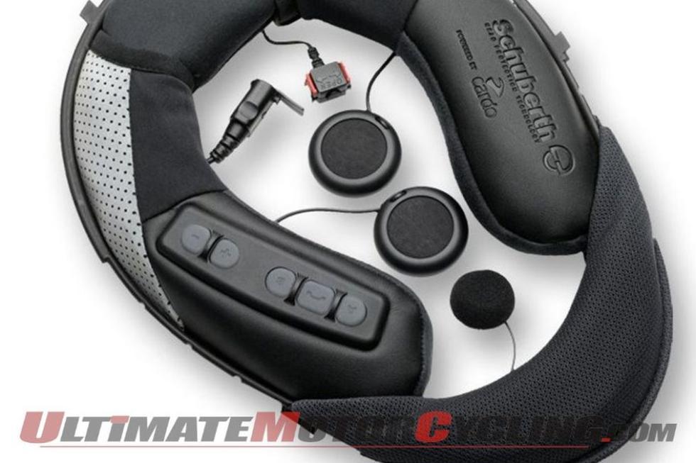 Cascos y  Bluetooth  semi integrado en el collaríon del casco.