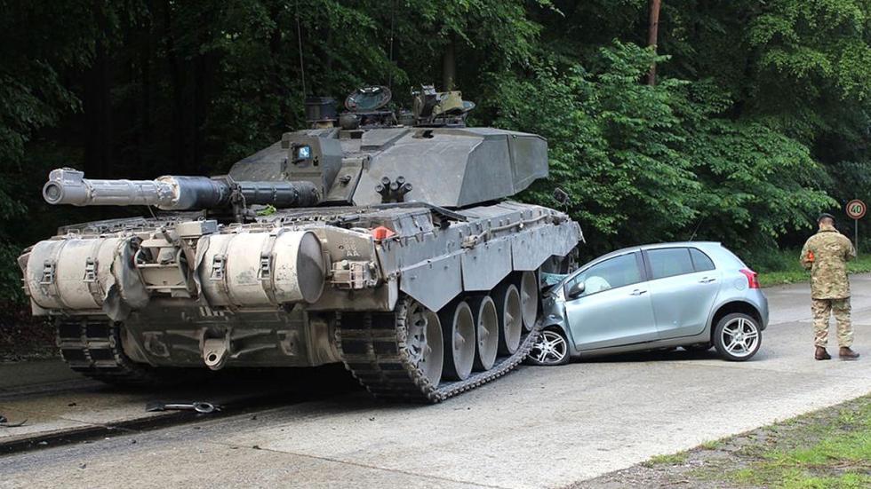 Otros accidentes de tanques Yaris