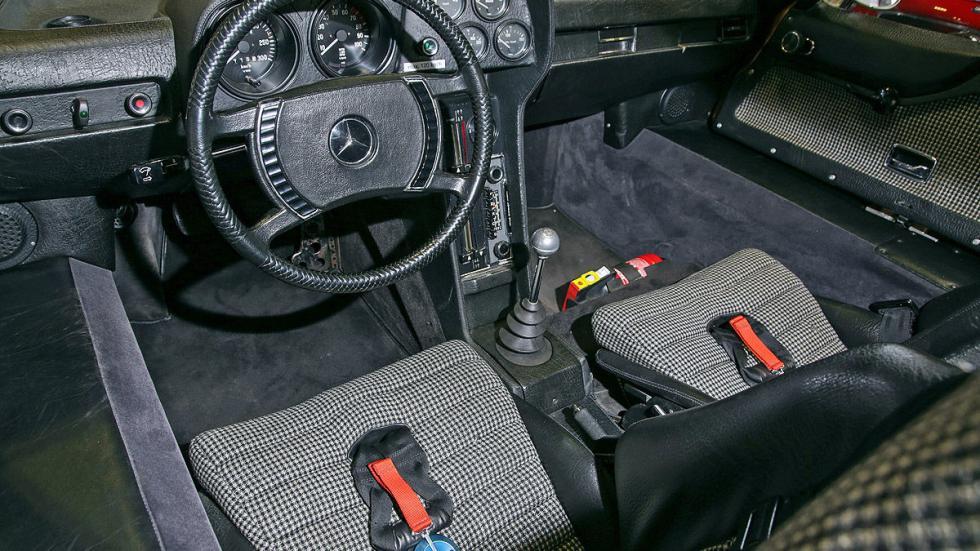Mercedes C 111 interior