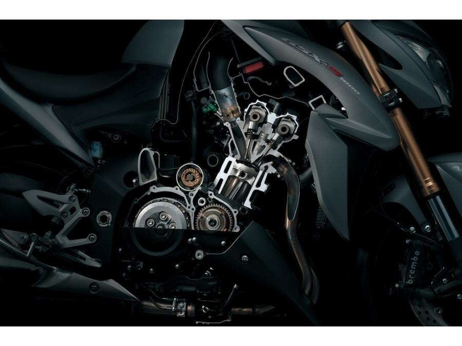 Suzuki GSX-S1000. Detalles del motor.
