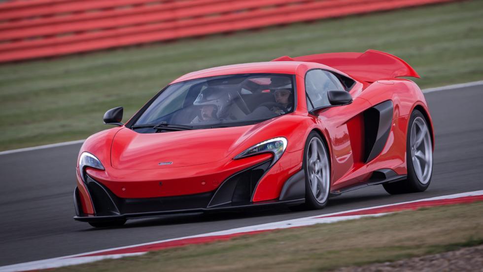 coches-dominar-carretera-circuito-mclaren-675lt