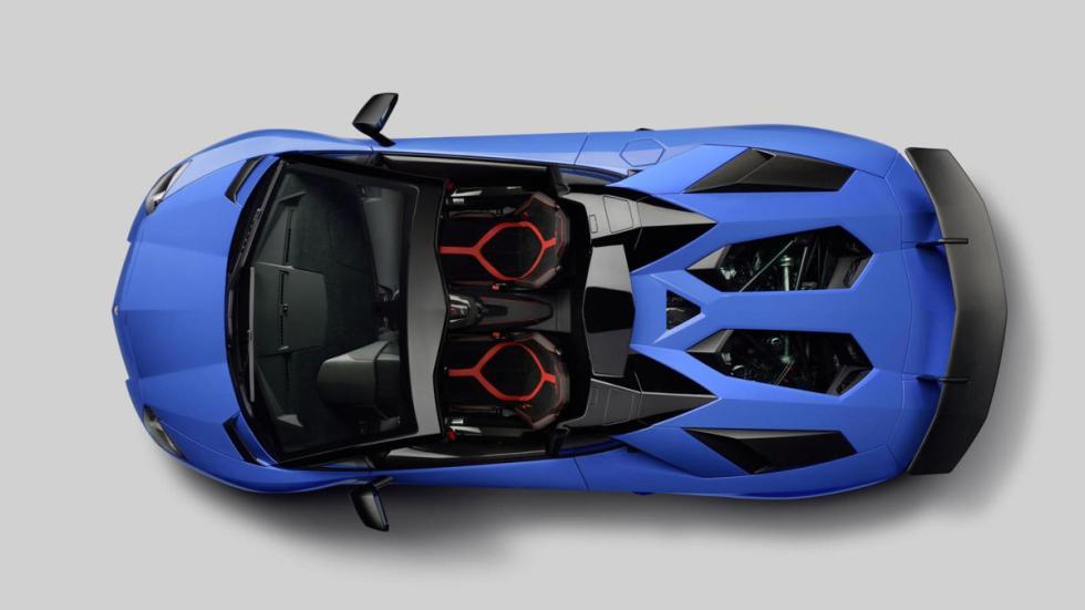 Lamborghini Aventador SV Roadster cenital