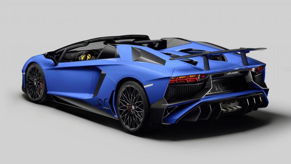 Lamborghini Aventador SV Roadster trasera