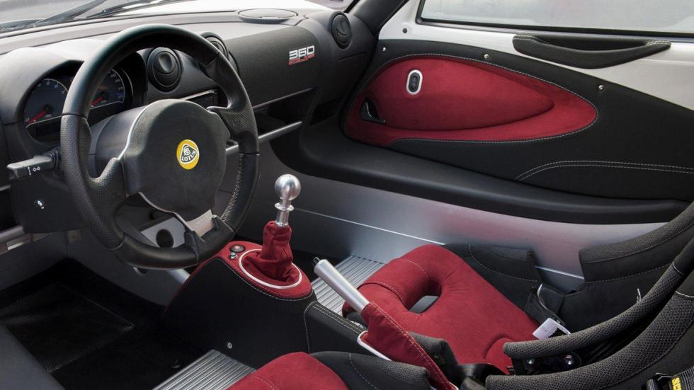 Lotus Exige 360 Cup interior