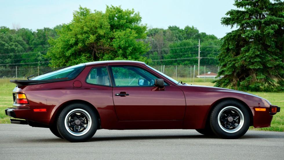 Porsche 944 lateral