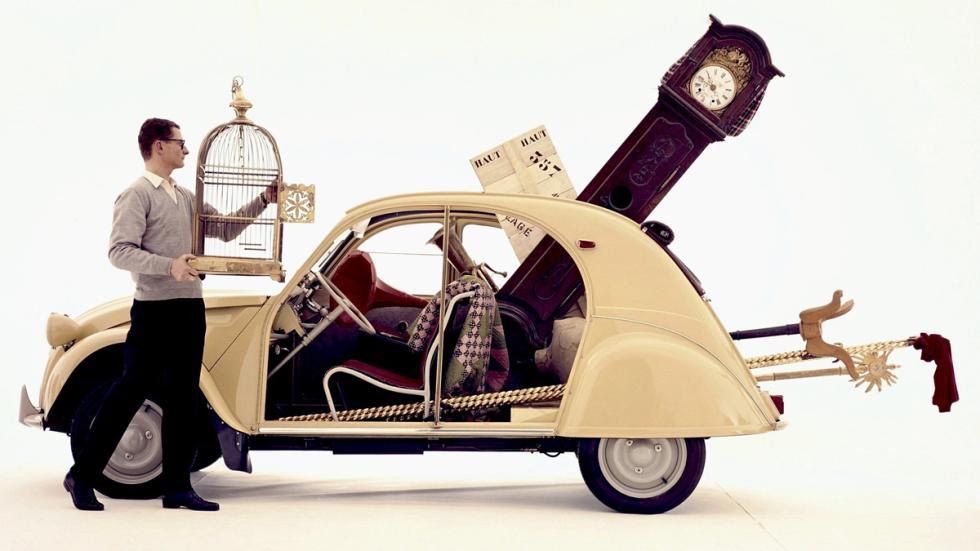 coches-alegran-día-citroen-2cv-lateral