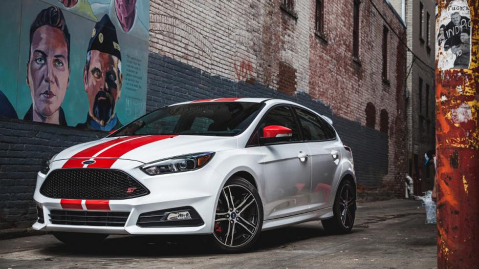 Ford Focus ST Performance blanco rojo