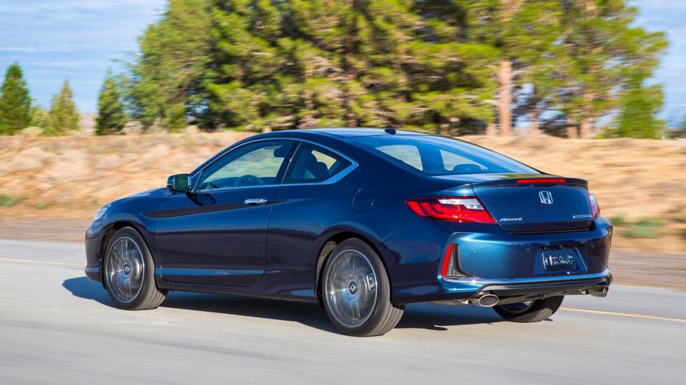 Honda Accord Coupe 2016 trasera