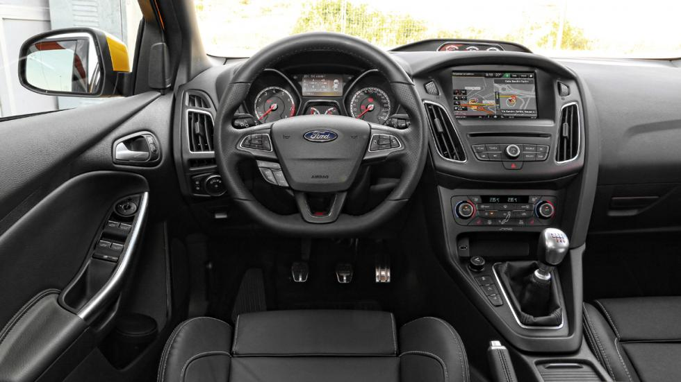 Ford Focus ST 2014 salpicadero