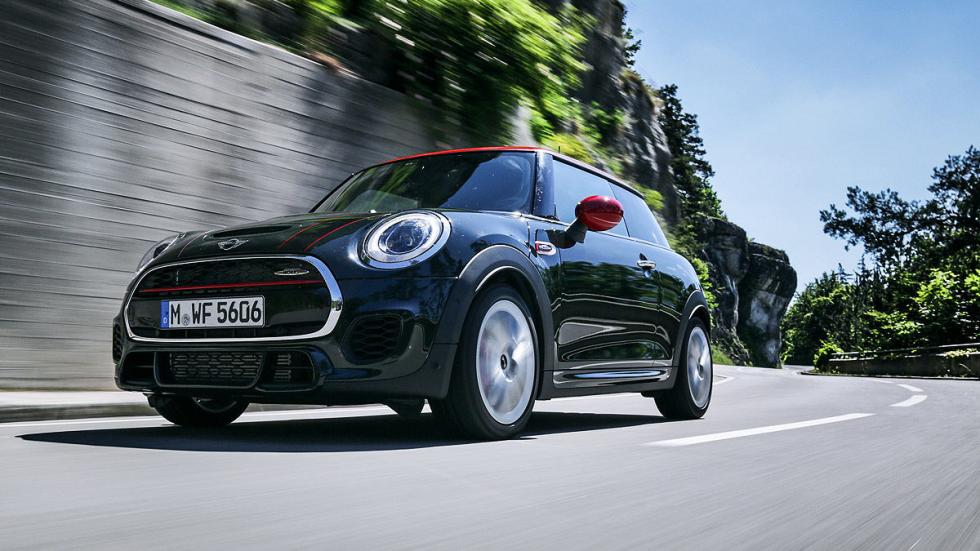 Mini John Cooper Works barrido frontal