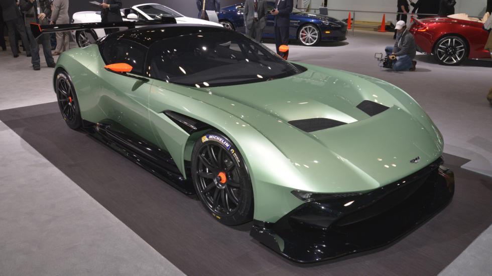 curiosidades- Aston-Martin-Vulcan-one-77-recarrozado