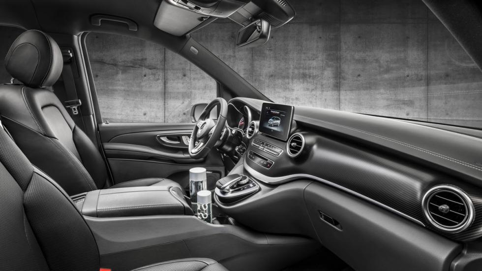 Mercedes Clase V AMG Line asientos delanteros