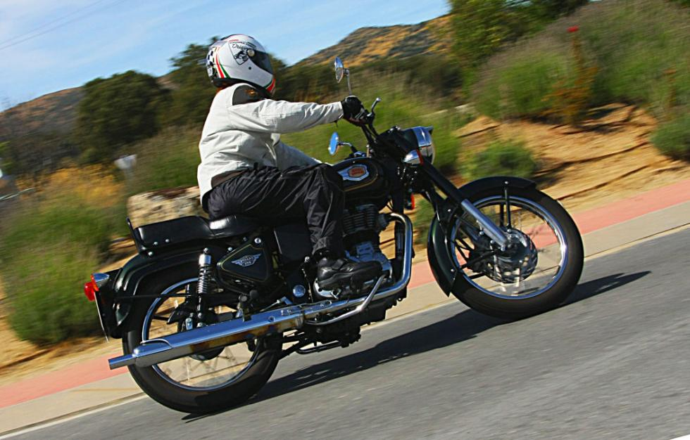 Royal Enfield Bullet 500 en acción